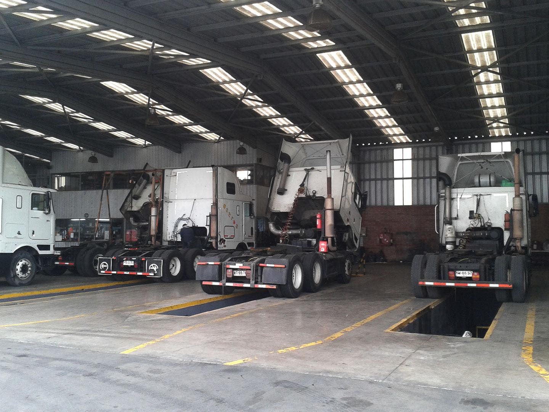 Taller mecánico - Transportes Astros